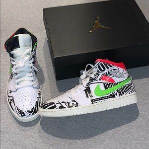 Air Jordan 1 Mid Poolside